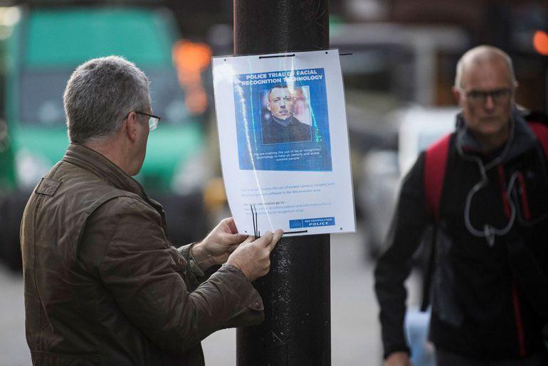 Signalisation de la reconnaissance faciale expérimentale à Londres