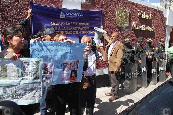 La manifestation devant la Cour constitutionnelle