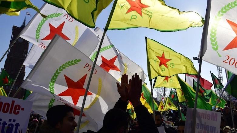 Drapeaux des YPG et du PYD