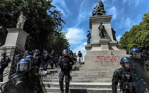 Charge policière à Nantes lors de la manifestation pour Steve (image d'archive)