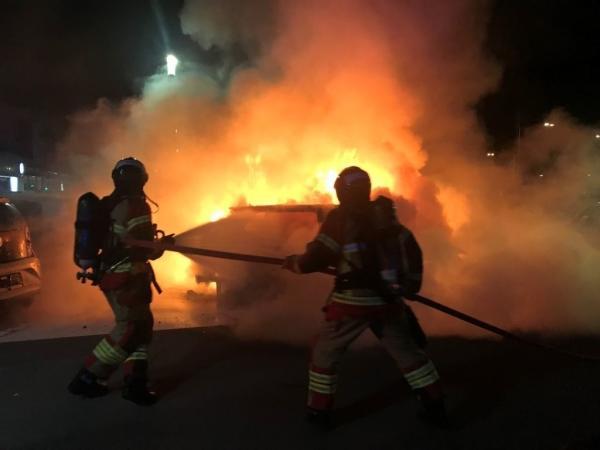 Voitures incendiées chez AMAG, premier importateur de VW en Suisse
