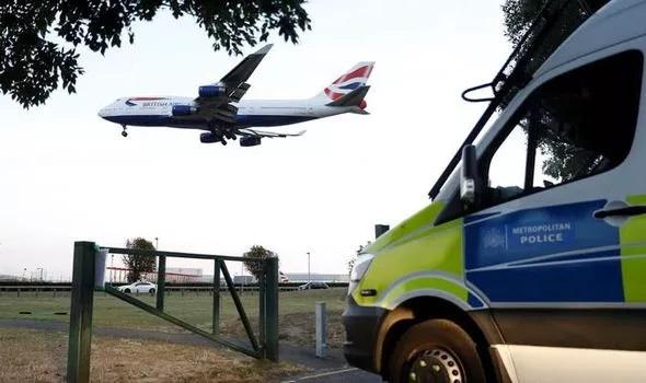 Déploiement policier ce vendredi à Heathrow