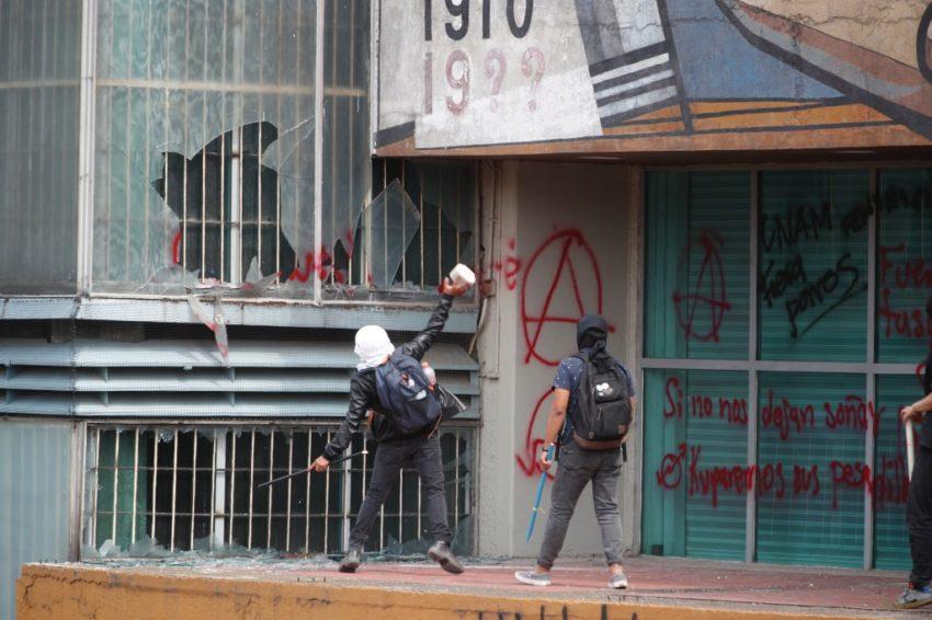 Affrontements à l'Université du Mexique