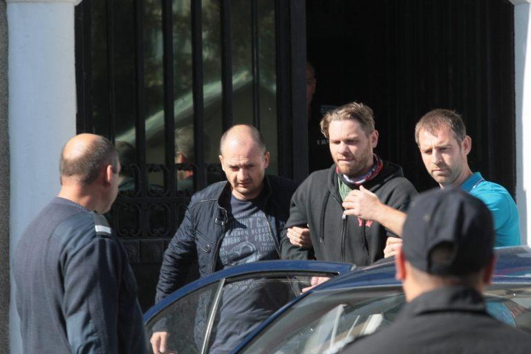 Jock quittant la prison de Sofia