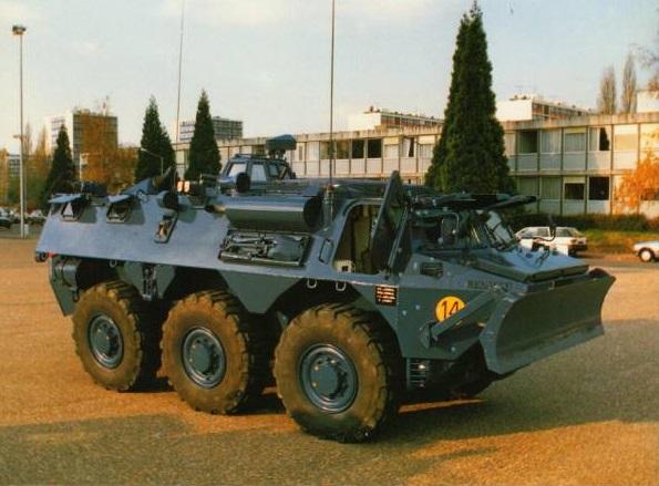 Le VAB de maintien de l'ordre