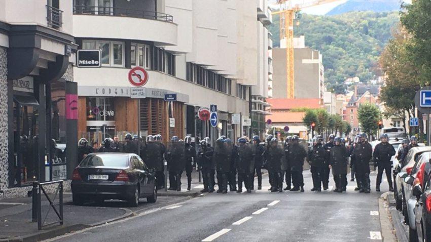 Barrage policier à Clermont-Ferrand