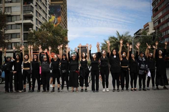 1er novembre, en mémoire de celles qui ont été tuées, torturées et violées.
