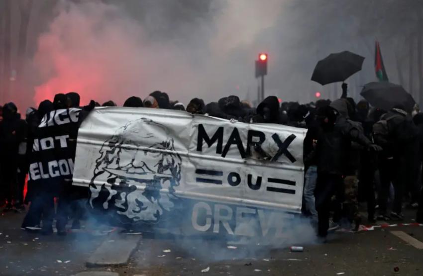 Manifestation à Paris à l'occasion de la grève contre la réforme des retraites