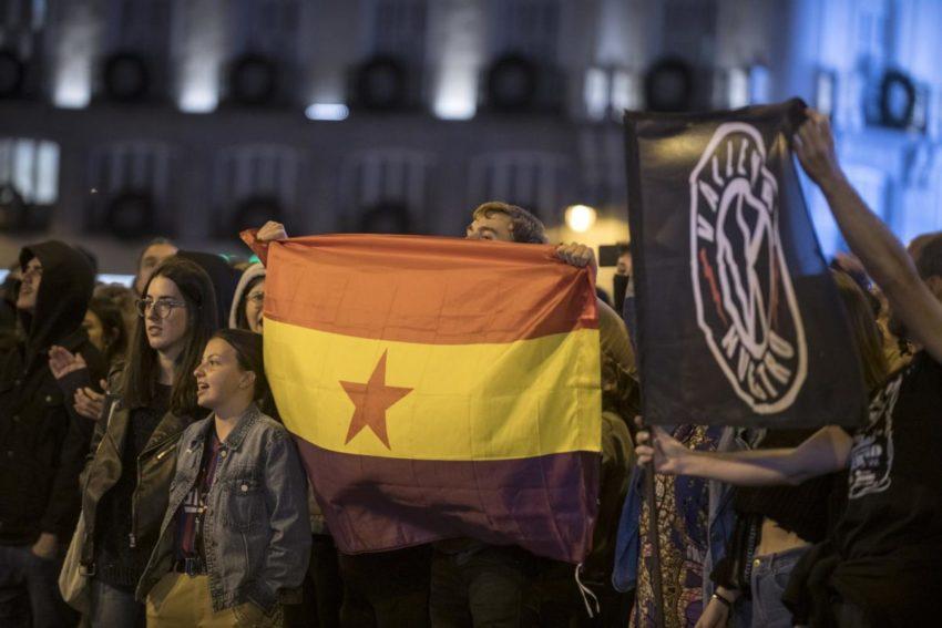 Manifestation de soutien aux prisonniers indépendantistes catalans à la Puerta del Sol (Madrid)