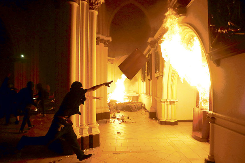 La mise à feu de l'église