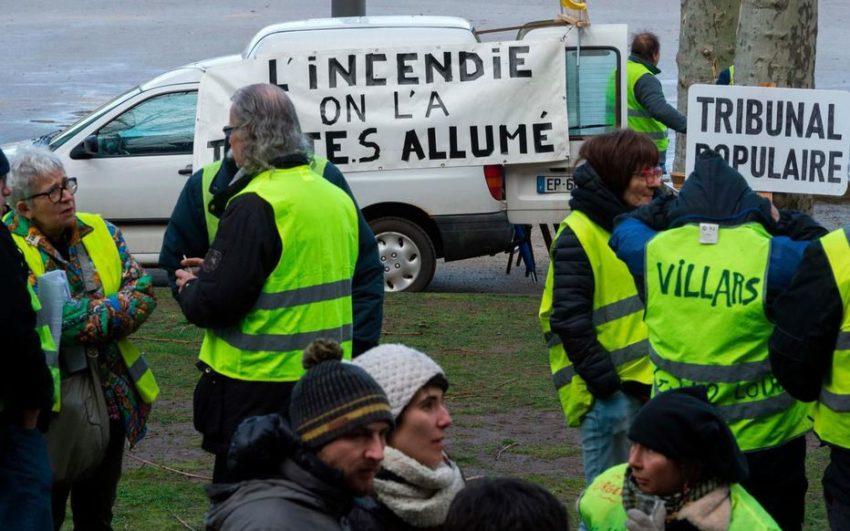 Solidarité avec les inculpés de l'incendie de la préfecture du Puy-en-Velay