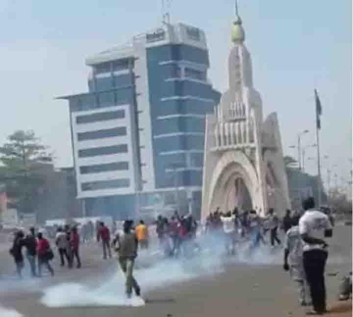 Répression de la marche des enseignants au Mali