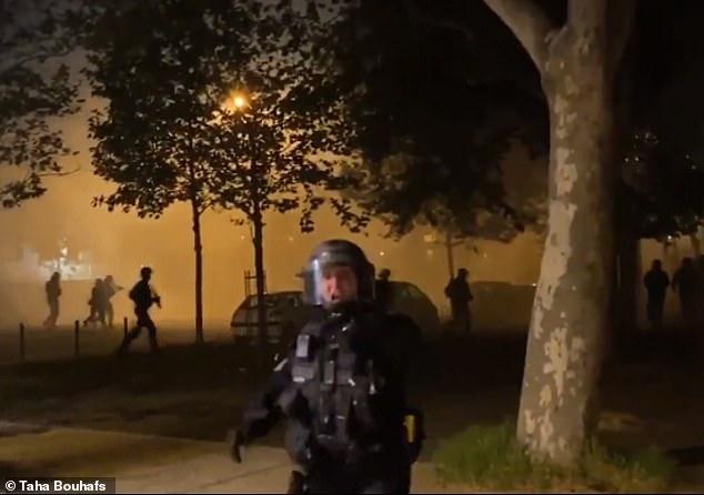 A Villeneuve-la-Garenne, révoltes contre les violences policières.