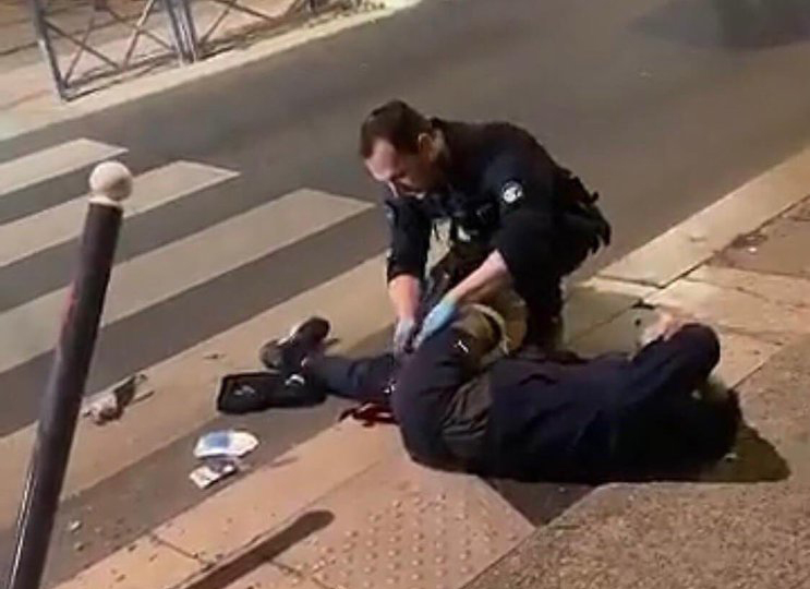 Un jeune homme gravement blessé par la police à Villeneveuve-la-Garenne