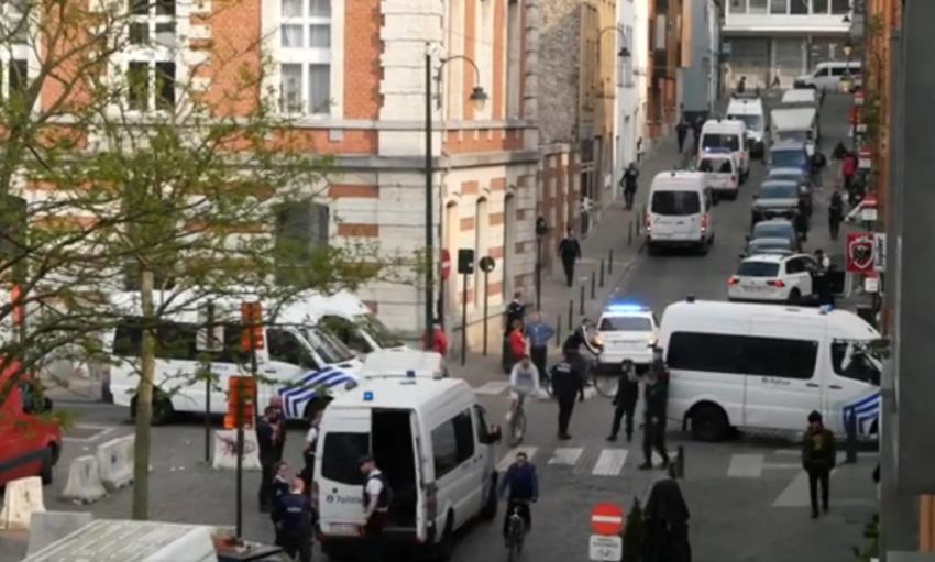 Une dizaine de véhicule de police ont participé à l'opération