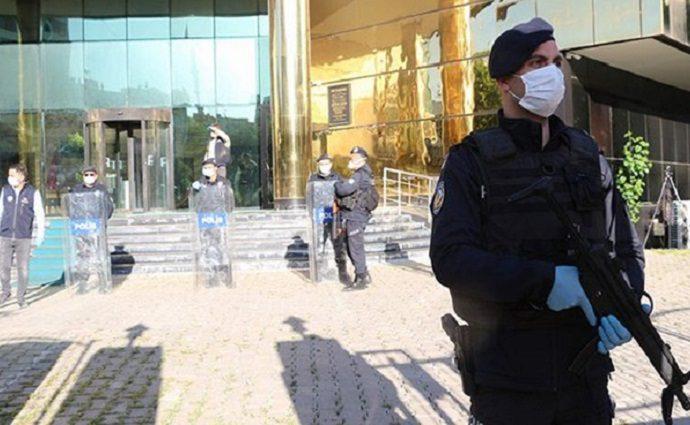 Encore 4 maires du HDP arrêtés et remplacés