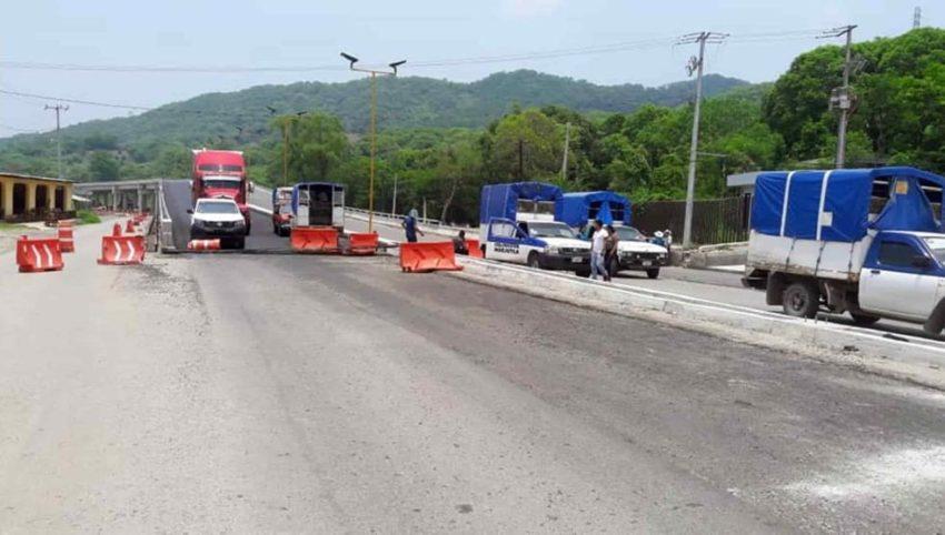 Blocage d'une route au Mexique ce lundi