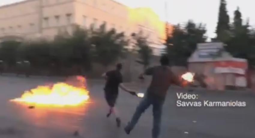 Affrontements lors d'un rassemblement contre le droit de manifester en Grèce