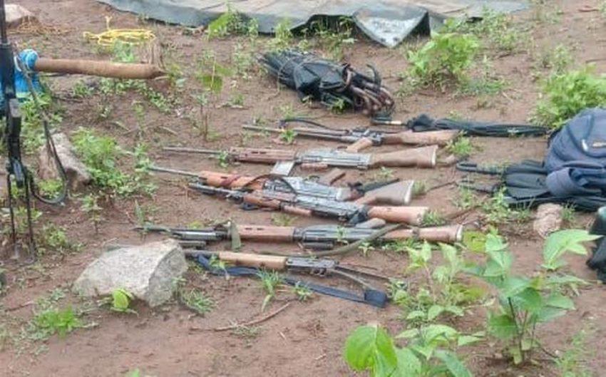 Les armes récupérées dimanche par les forces anti-guérilla
