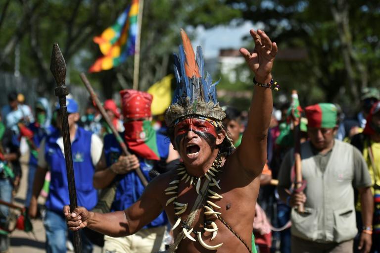 Manifestations des natifs contre les violences et pour le respect des accords de paix avec les FARC