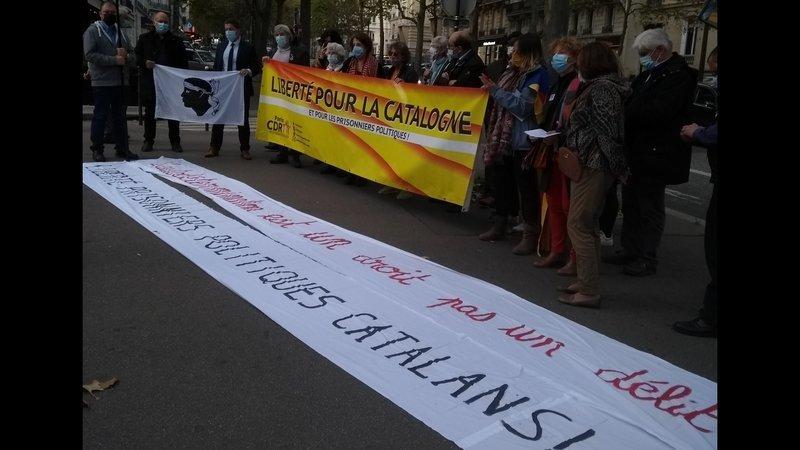 Rassemblement contre la répression en Catalogne