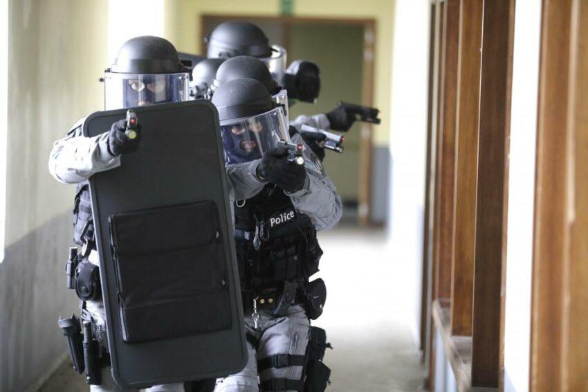 Policiers de l'unité d'assistance spéciale (UAS) de la police de Mons-Quévy