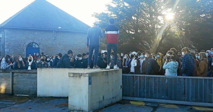 Trois lycéens mis en examen pour violence aggravée sur gendarmes et fabrication d'engins explosifs