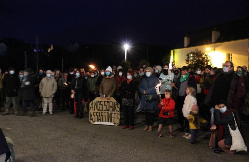 Rassemblement contre les violences faites aux femmes à Douarnenez