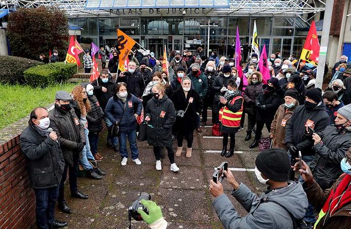 Rassemblement en soutien à Hervé Ossant, secrétaire général de la CGT 93, devant le Tribunal Bobigny 8 février 2021