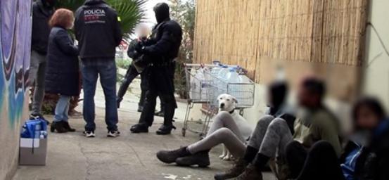 Huit militant·es soutenant Pablo Hasel emprisonné·es