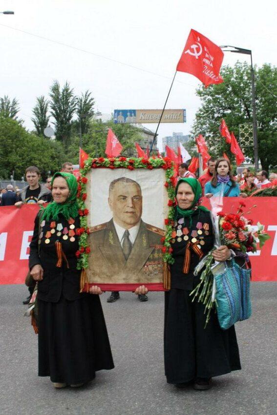 Tentative de répression d'une commémoration de la victoire sur le nazisme