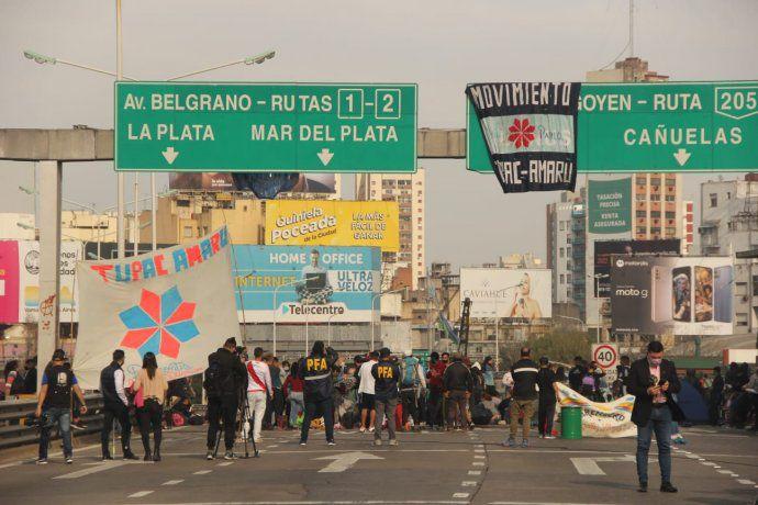 Blocage du pont de Pueyrredón